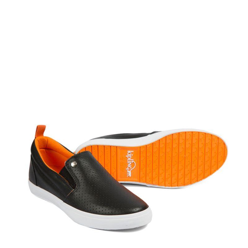 http---meninashoes.vteximg.com.br-arquivos-ids-221423-60246-Kipling-Kiki-Black-900-Par