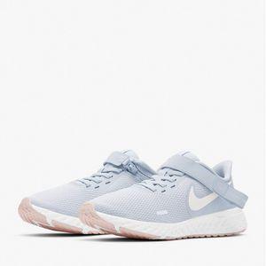 Tênis Nike Revolution 5 Flyease