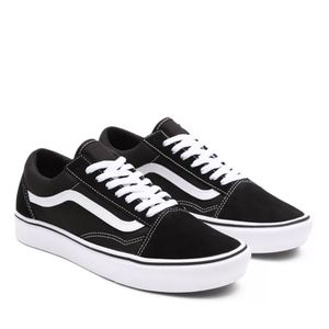 Tênis Vans Comfycush Old Skool Classic Black True White