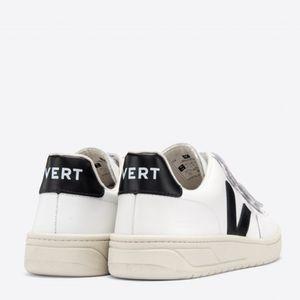 Tênis Vert V-Lock Couro Extra White Black