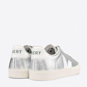 Tênis Vert Campo Chromefree Metalizado Silver White