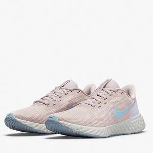 Tênis Nike Wmns Revolution 5